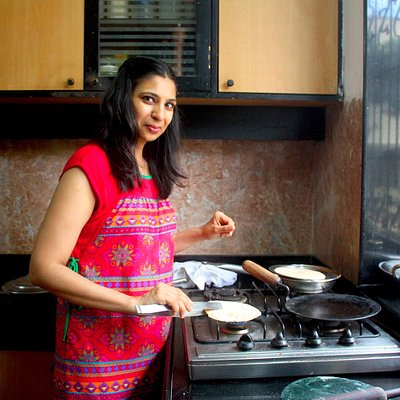 Private, authentic cooking class with an expert cook in Mumbai - Traveling Spoon