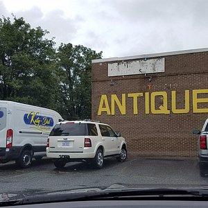 the antique place