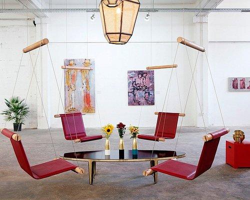 Trapeze Chair