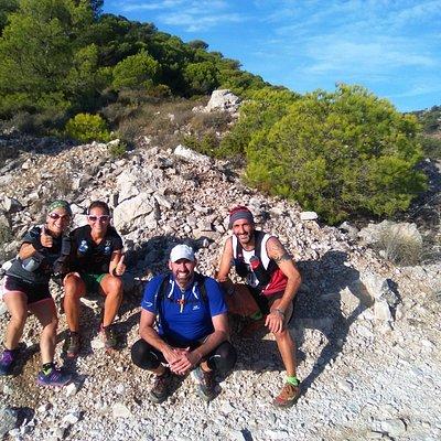 Con este grupo salimos temprano para hacer un Trail de 15 km por los Montes.