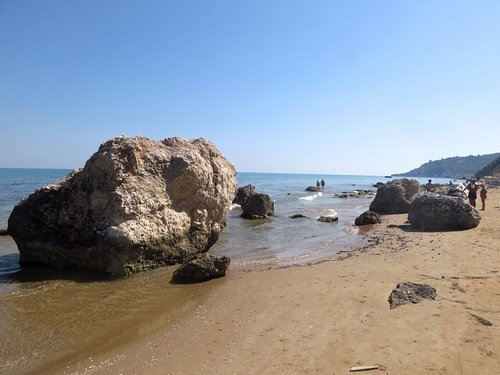 la fine della spiaggia verso quella delle Calenelle
