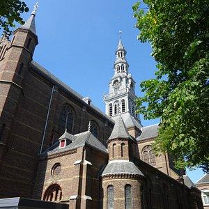 Laurentiuskerk Heemskerk uit 1889-1891;architect JH Tonnaer