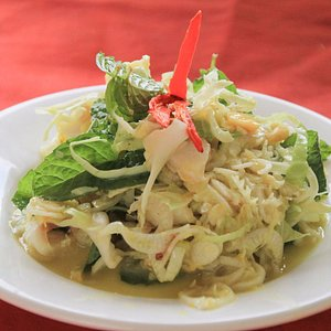 Authentic Cambodian food in Siem Reap with locals - Traveling Spoon