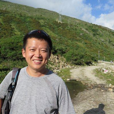 Weaver is a great guide based in Chengdu / Szechuan!