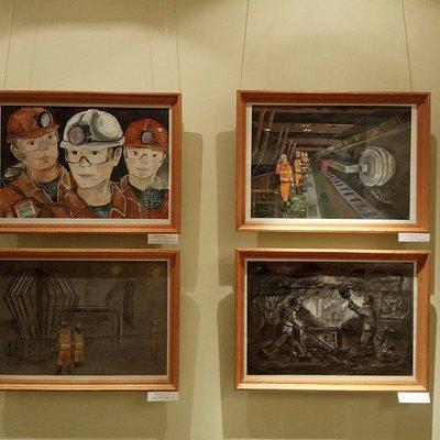 Выставка работ учеников художественных школ в Республиканском Выставочном Зале в Воркуте