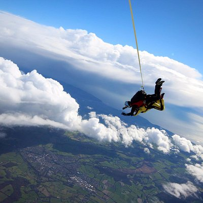 Do Something Amazing; Skydive for Charity