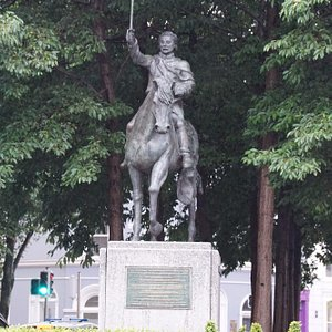Thomas Meager Statue