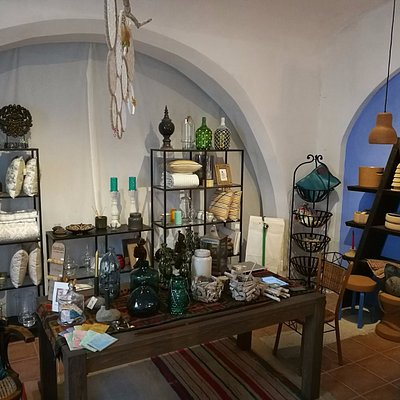 Dois quartos | Mobiliário, iluminação, decoração