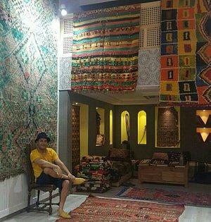 Azilal Gallery - Vintage berber rugs