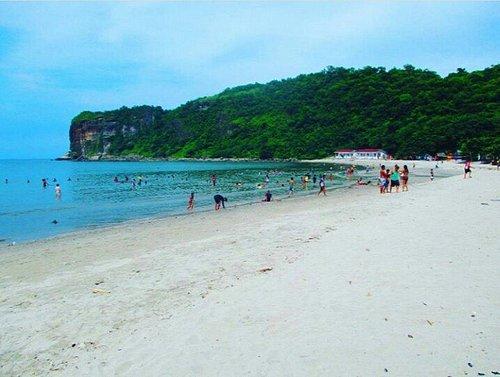 Katungkulan Beach
