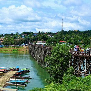 Sangkhlaburi - Wooden Bridge (1)