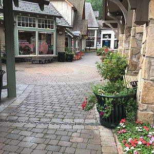 MarketPlace walkway in Gatlinburg