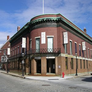 New England Quilt Museum at 18 Shattuck St in historic downtown Lowell, MA