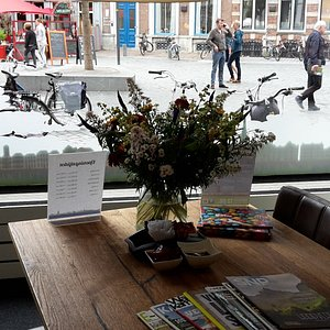cosy reading table inside the tourist office