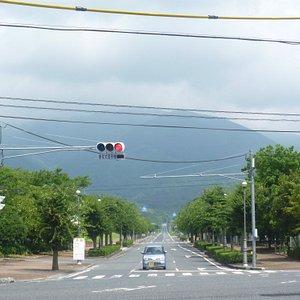 奈義町国道53号から望む