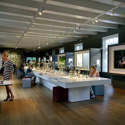 De Wereld van zilver in het Zilvermuseum