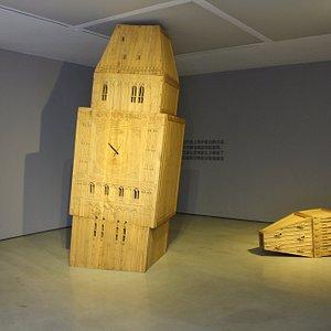 Exhibition of Xi Jianjun : Flowing memories
