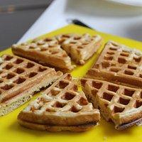 waffle crujiente por fuera y suave por dentro