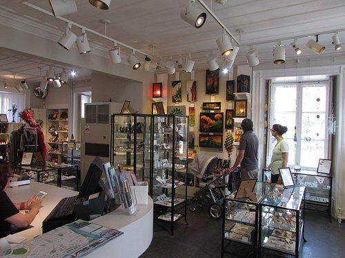 Galerie d'art et magasin d'artisanat