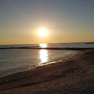 l'alba di Marina di Montemarciano