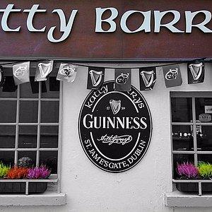 Katty Barrys Bar