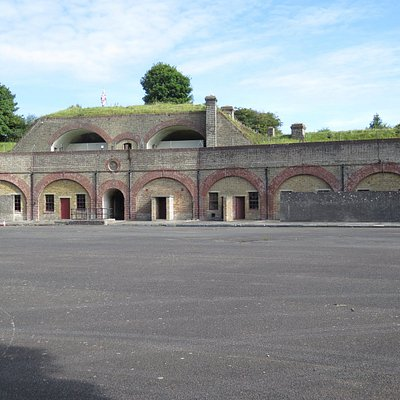 Main parade area with gun placements above