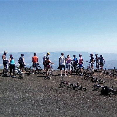 Una guiding Claudia and her group on Mount Etna