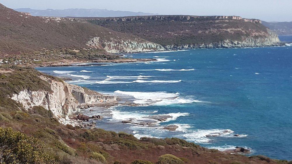 de kustweg van Alghero naar Bosa