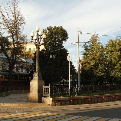 Яузский бульвар осенью
