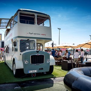 El Royal Bus es una zona de confort diferente y original.