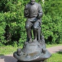 Памятник Борису Шергину