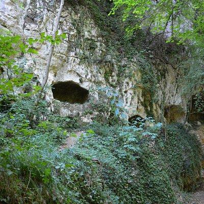 Tombe rupestri di San Liberatore a Majella