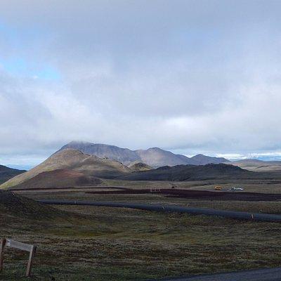 Panorama del campo di lava dal lago Viti