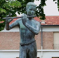 Jeune Homme à la Flûte, Bronze, 2000; G.Werle. Détail