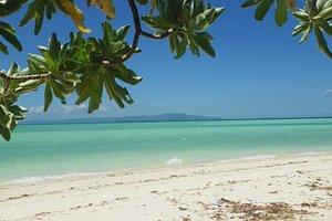 コンドイビーチから見た西表島