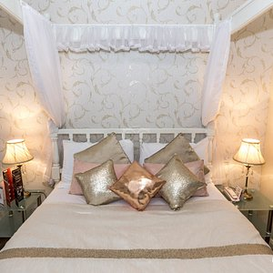 The Four-Poster Suite at the Britannia Manchester Hotel