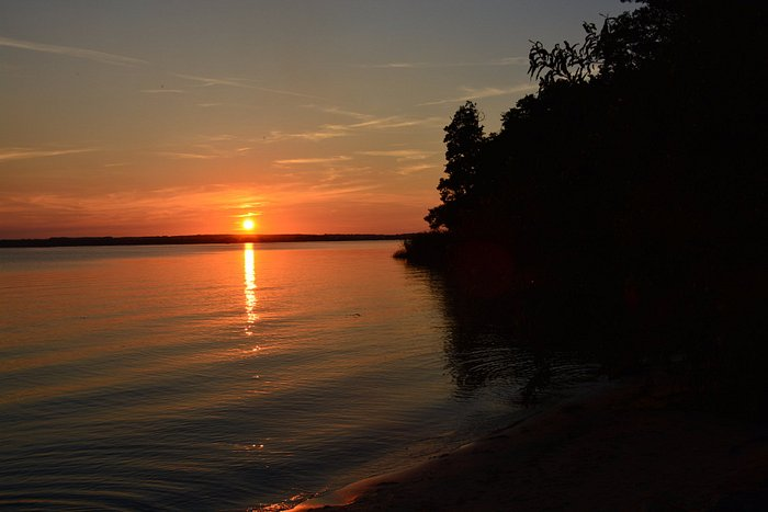 Zachód słońca Jezioro Żarnowieckie