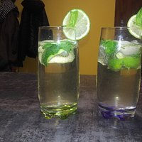 Drink Mojito wersji z alkocholem i bezalkocholu/