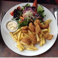pepper and salt squid with salad and chips