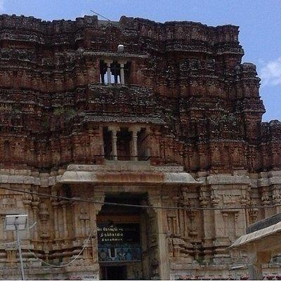 Pundarikakshan Perumal Temple, Thiruvellarai