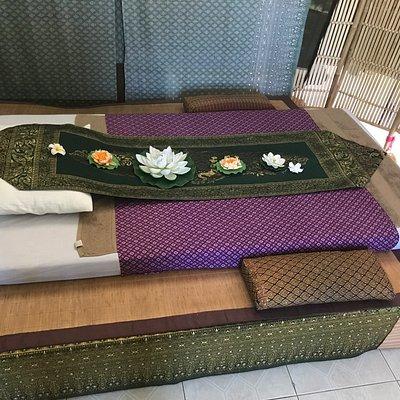 Bua Kao Thai