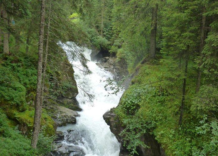 Le long du sentier mennant au Grawa Wasserfall