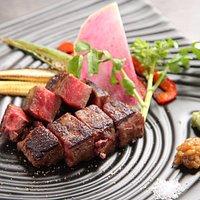鉄板焼き・黒毛和牛のステーキ