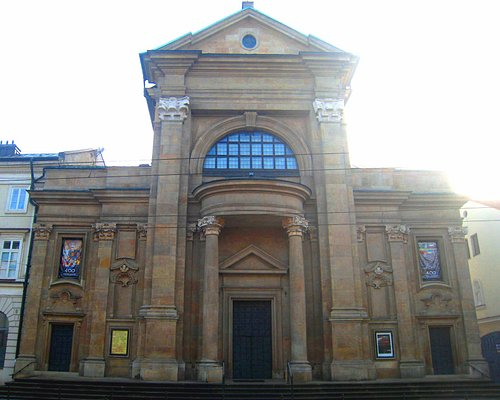 Terrific facade and aspect