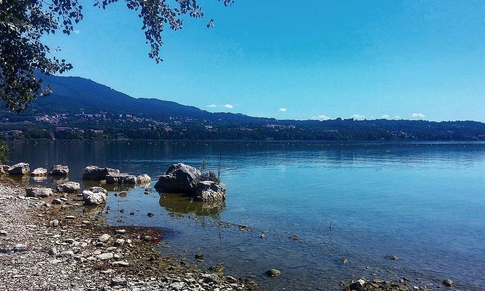 Spiaggetta sul Lago di Varese