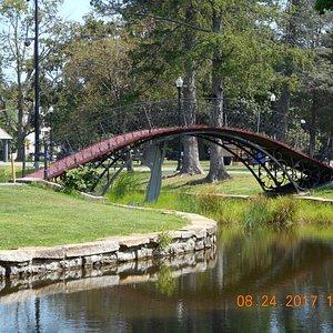 This bridge is very steep. Easy for kids. Elders may struggle.