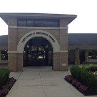 Free Library of Northampton Township, Main entrance