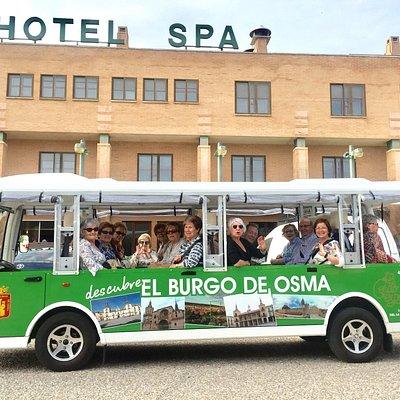 Minibús turístico en el Hotel Rio Ucero