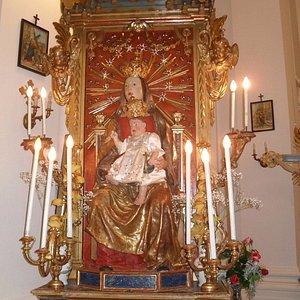 Statua della Madonna del Soccorso