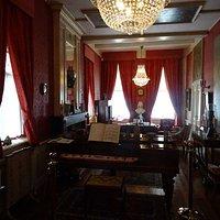 -18de en 19de eeuwse stijlkamers-Drostenhuis Museum Ootmarsum-